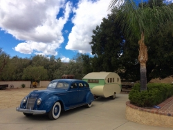 1936 Airstream Silver Cloud towed by 1937 Chrysler Airflow