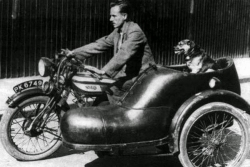 Motor-Cycle-Shoe-side-car
