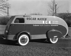 Truck-Osca-Mayer-Ice-side