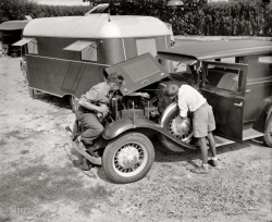 Early 1930's Chevy(?) Sedan & Trailer Vagabond? Covered Wagon? Schult?