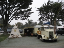 Vintage trailer & tent